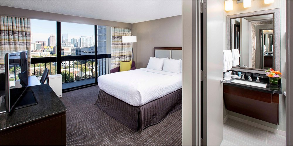SINGLE ROOM - KING SIZE W/ PRIVATE BATH  Features: Free WiFi, Spacious Workspace, Keurig coffee maker, Revitalized modern décor and furnishings, Temple Spa bathroom amenities