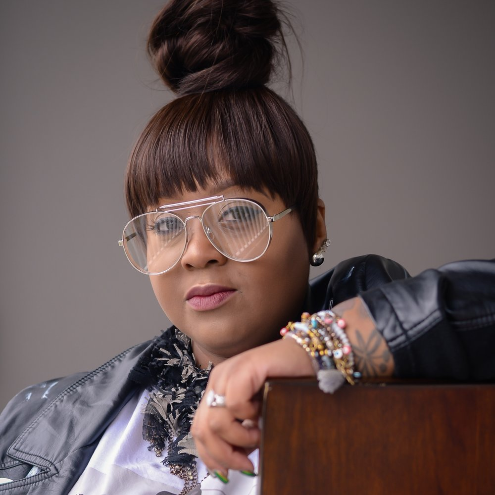 Meet TaSha, owner behind  @stylish_eye_diva   Location: Atlanta, Georgia
