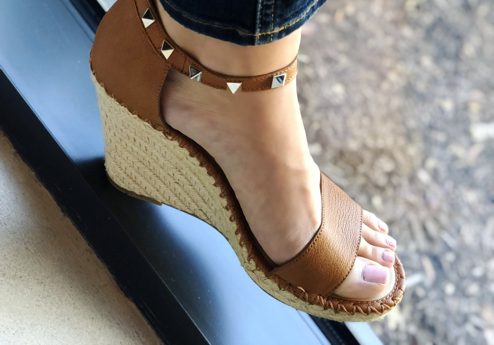 53daa824e38 Obsessed With   The Best Valentino Wedge Dupes — Jess Obsessed