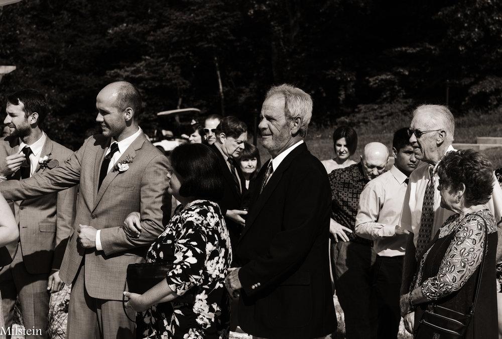 candid-black-and-white-photos-wedding-Amy-Milstein
