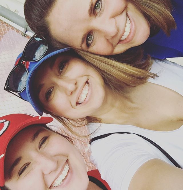 How do you #wellness? I go to Cubs games with my friends who are NOT doctors! I have known these girls since 2005 and could not be more grateful for their friendship!  #GoGators #UniversityOfFlorida #Class2009 #WorkinOnMyWellness #JaxEMWellness #RushEMWellness #chicago #EmpoweringWomen