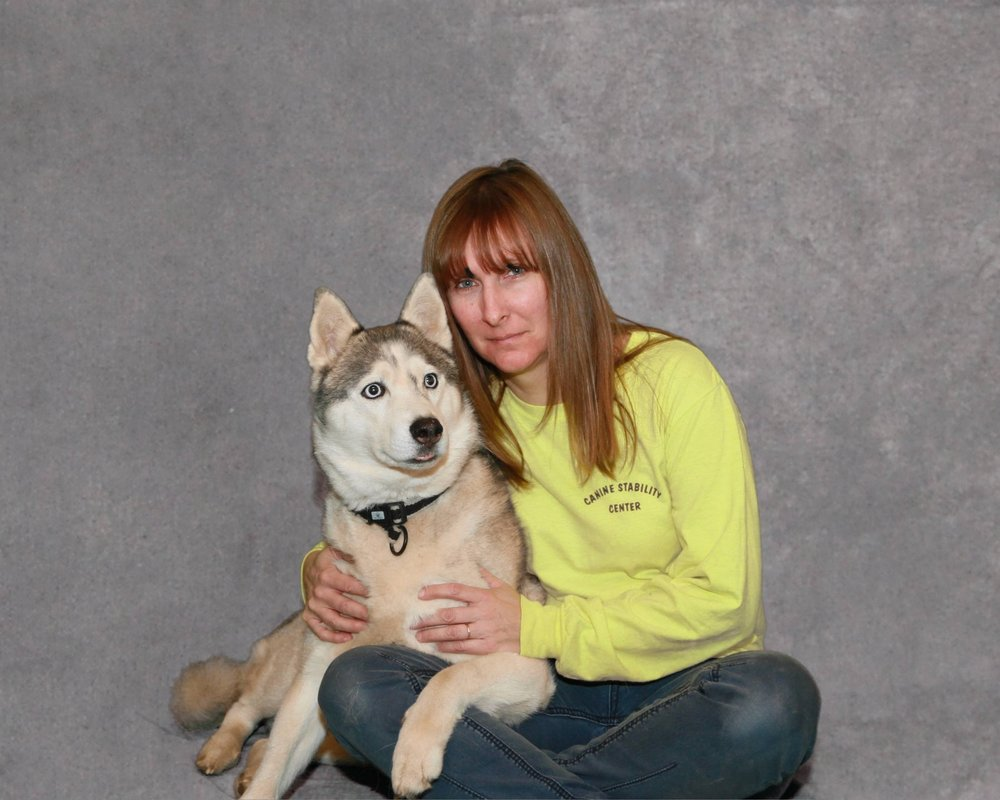 founder of paw it forward dog training & Co-Founder of Canine Stability center - jeannie oakley