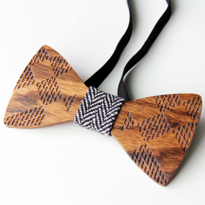 grid-wood-bow-tie-2__11042.1493474407-690x690.jpg