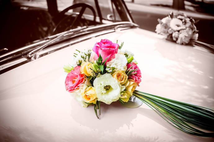 wedding-flowers-1779370_1280-690x460.jpg
