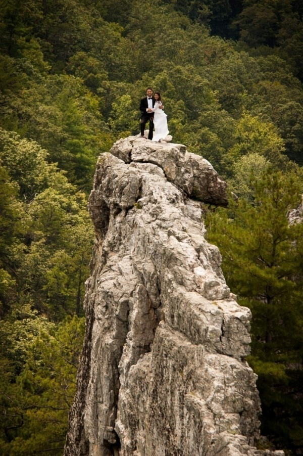 This couple rock climbed 900 ft and then got married!