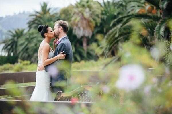 Glam Malibu wedding -- this couple is gorgeous!