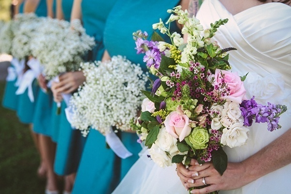 The bride and her bridesmaids' bouquets