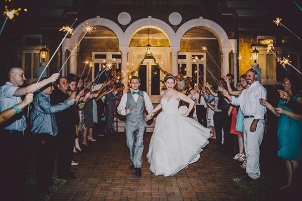 Wedding sparkler getaway
