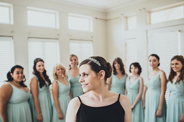 Bride and bridesmaid photo idea