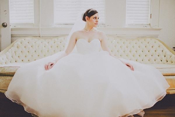 Bride wedding dress photo