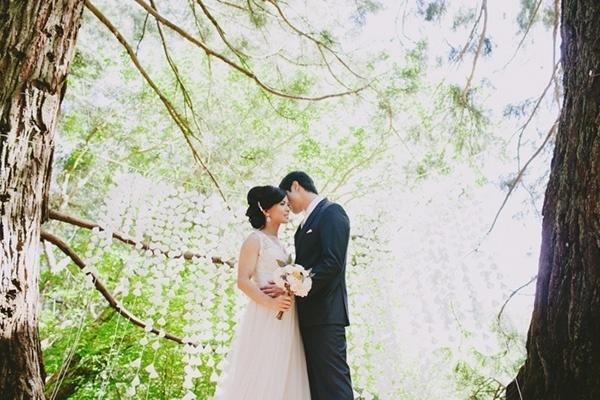 Beautiful wedding ceremony backdrop. So pretty!