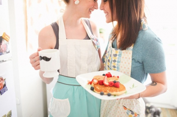 Sweet home breakfast engagement shoot!