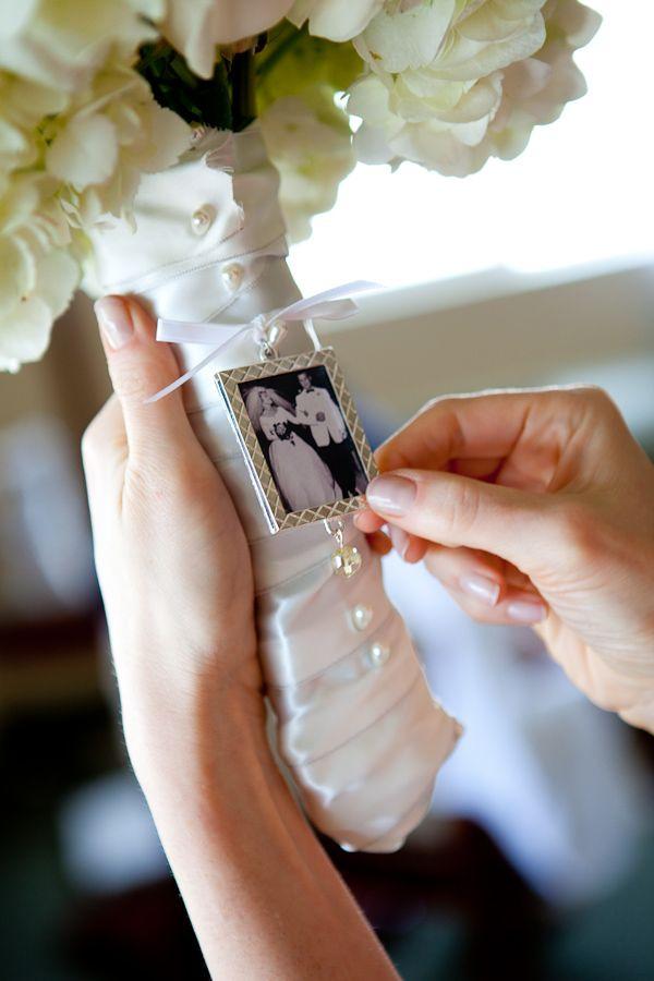 Photo by  Junebug Weddings