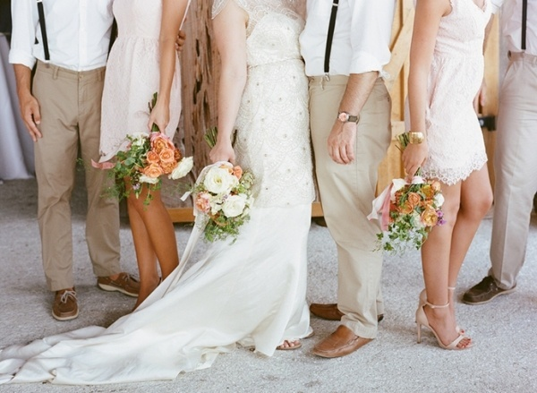 Cute bridal party photo idea