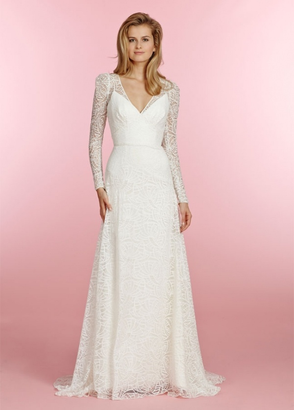 Unique Lace Wedding Dresses That Combine Tradition With Style
