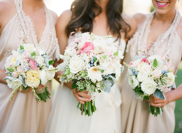 Fresh and unique spring wedding bouquet ideas for springtime brides early spring mightylinksfo
