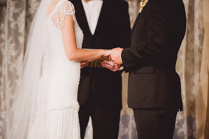 Vintage gatsby inspired wedding ceremony