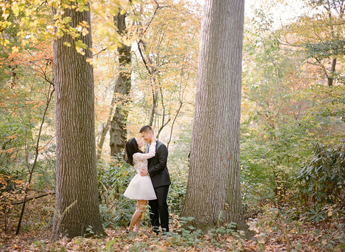 Beautiful engagement photos. Fall in New York!