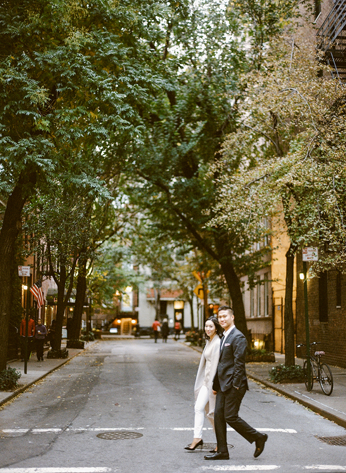 Adorable New York engagement photos