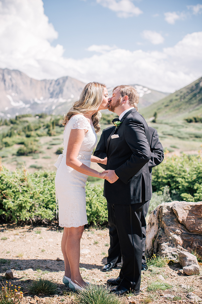 Beautiful mountainside elopement in Denver