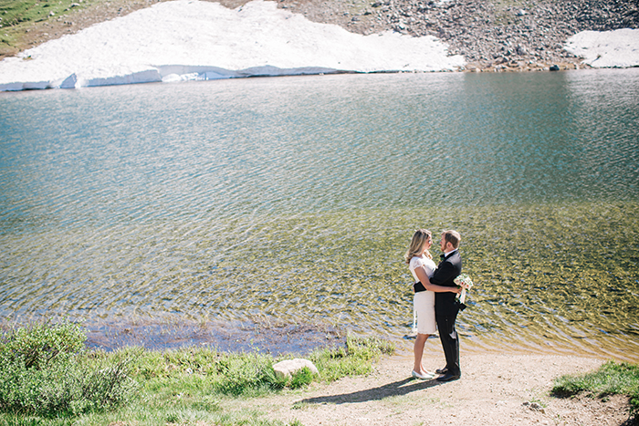 Wedding mountain elopement by a lake