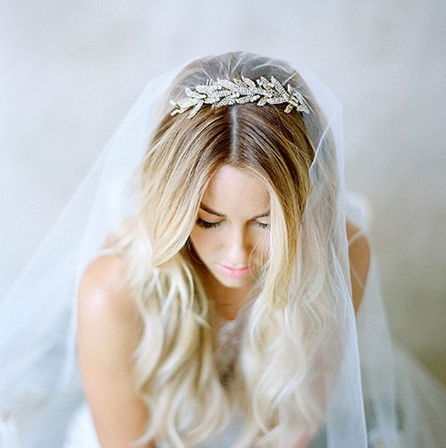 Photo by  Elizabeth Messina Photography  via  Bridal Musings