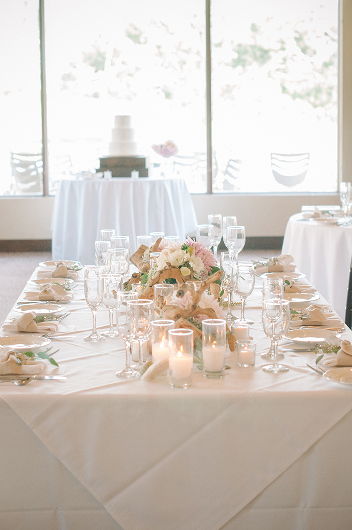 romantic driftwood and dahlia wedding centerpiece idea