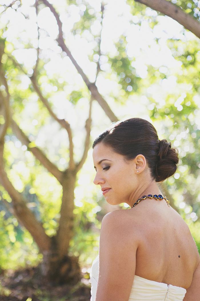 Beautiful retro inspired bridal hair