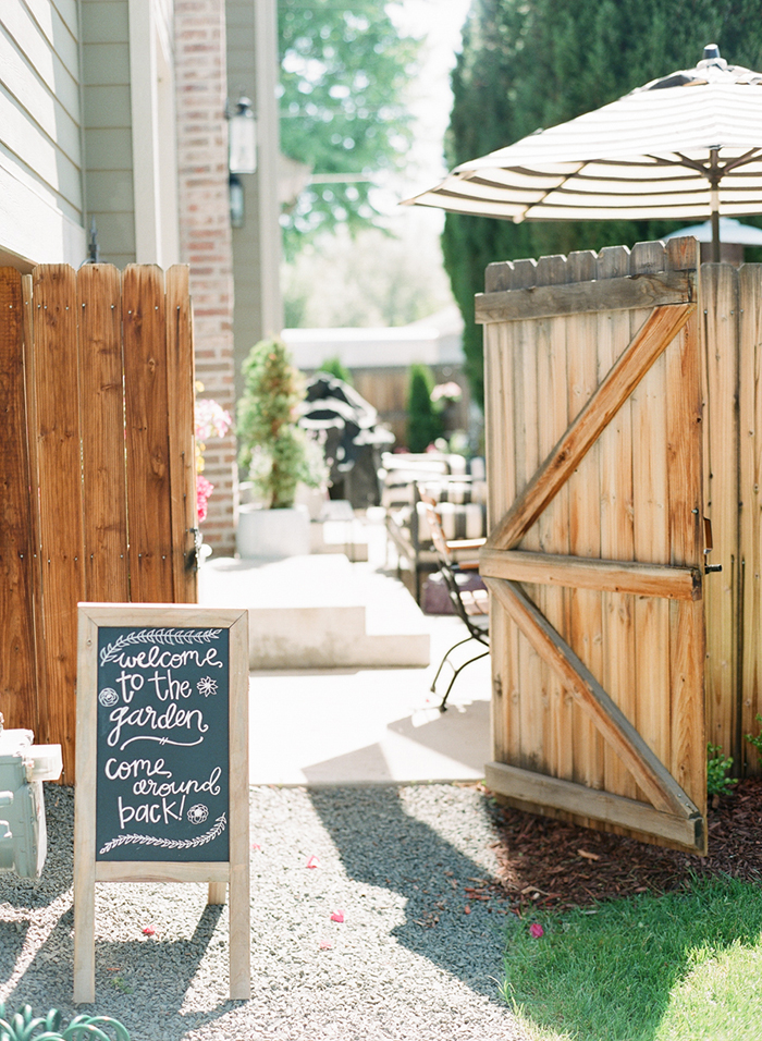 Sweet backyard brunch bridal shower decor