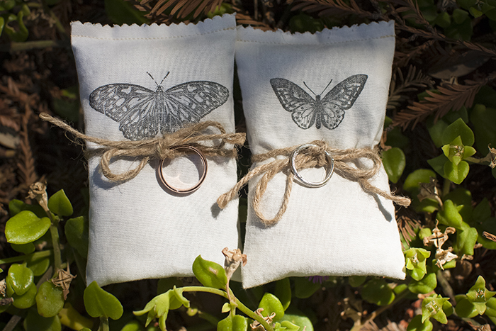Stunning wedding ring and pillows