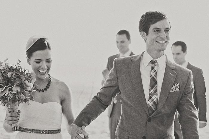 Every couple needs this wedding photo! Beautiful!