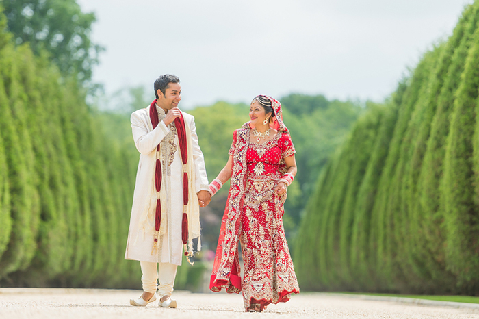 Stunning Indian bride and groom photo!
