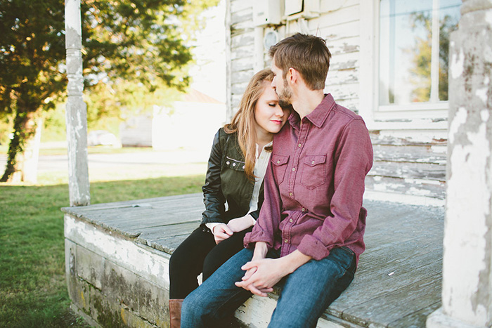 Gorgeous, stylish couple's engagement photos!