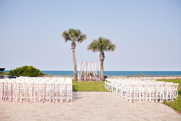 Photo by  Brooke Images  via  Southern Weddings