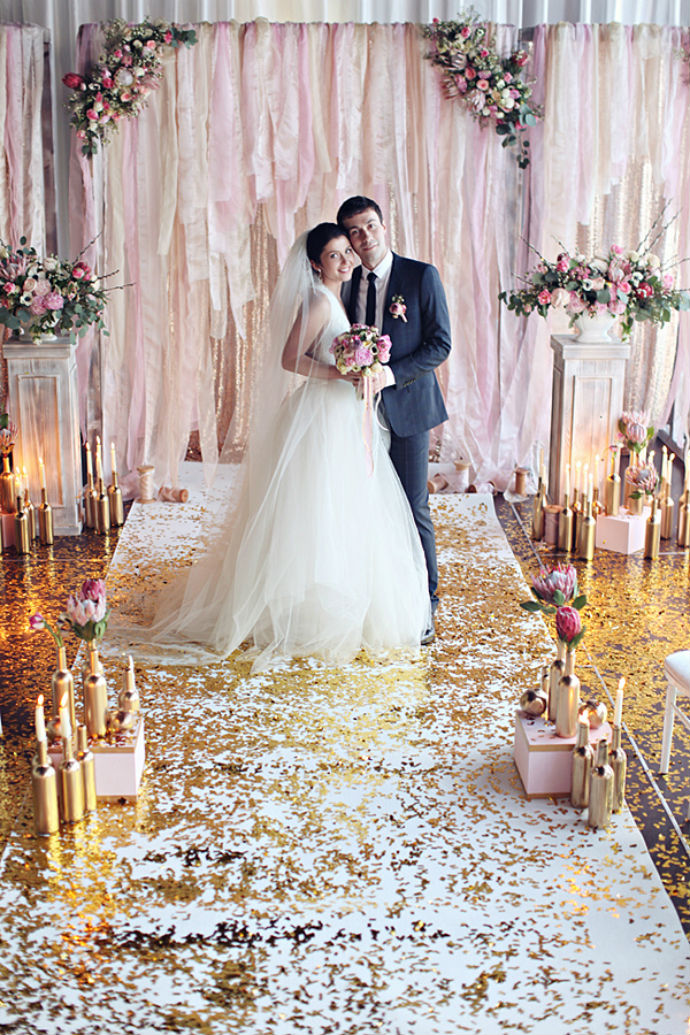 5 diy wedding ceremony backdrop ideas that wow wedpics blog photo by sonya khegay solutioingenieria Image collections