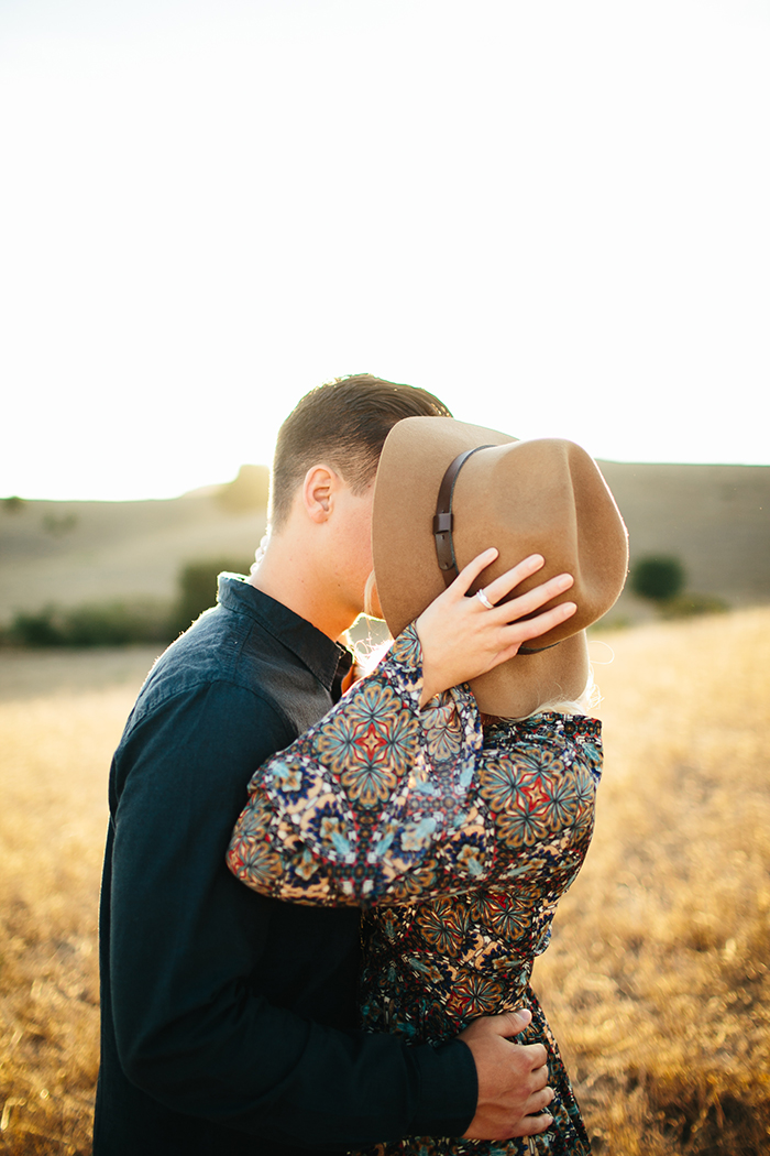 Gorgeous boho golden hour anniversary photos for a gorgeous couple!