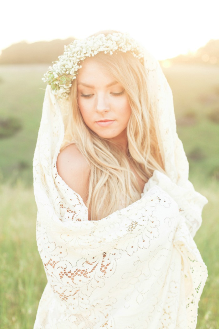 Photo by Blue Grace Photography via  Glamour and Grace Blog