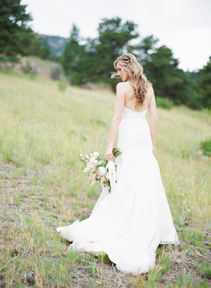 Blush_pink_Outdoor_Mountain_Wedding_by_Connie_Whitlock_093