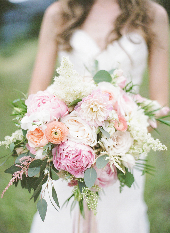 Blush_pink_Outdoor_Mountain_Wedding_by_Connie_Whitlock_095