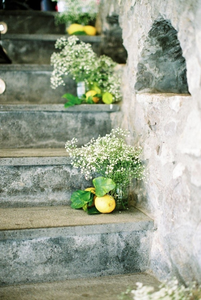 Photo by  2 Brides Photography  via  Style Me Pretty
