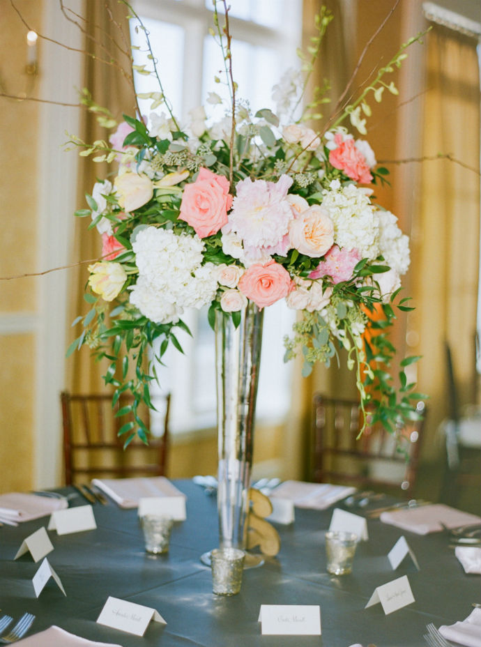 7 tips to diy wedding floral arrangements wedpics blog photo by jennifer blair photography junglespirit Choice Image