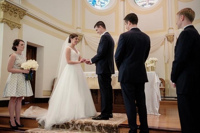20150502-Geeser-Wedding-Ceremony-124-clr-690x460.jpg