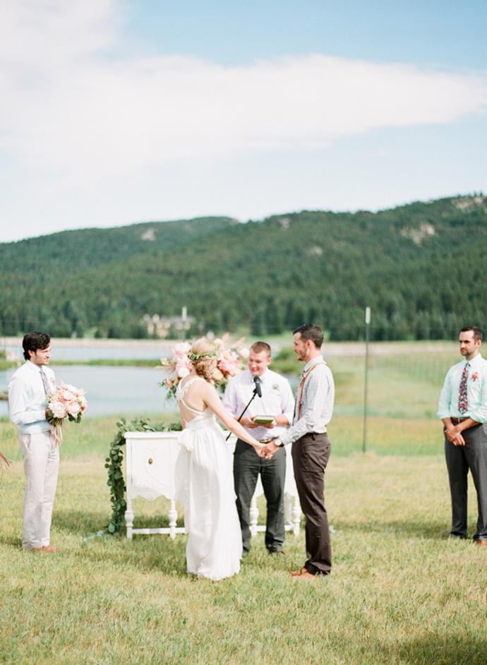 Colorful_Bohemain_Barn_Colorado_Wedding_by_Connie_Whitlock_129.jpg