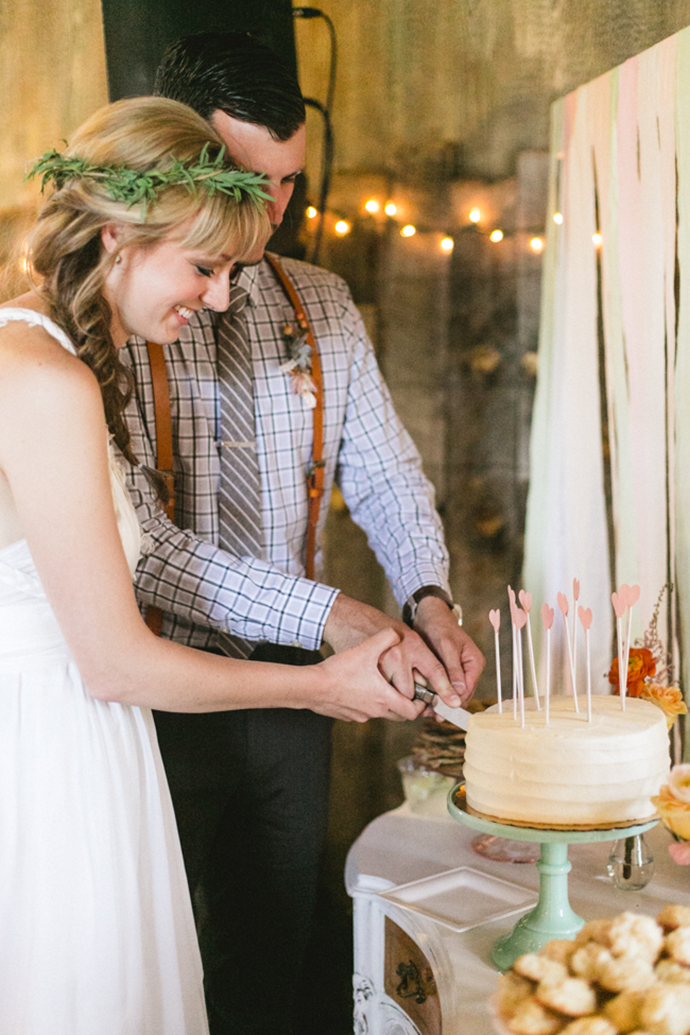 Colorful_Bohemain_Barn_Colorado_Wedding_by_Connie_Whitlock_158.jpg