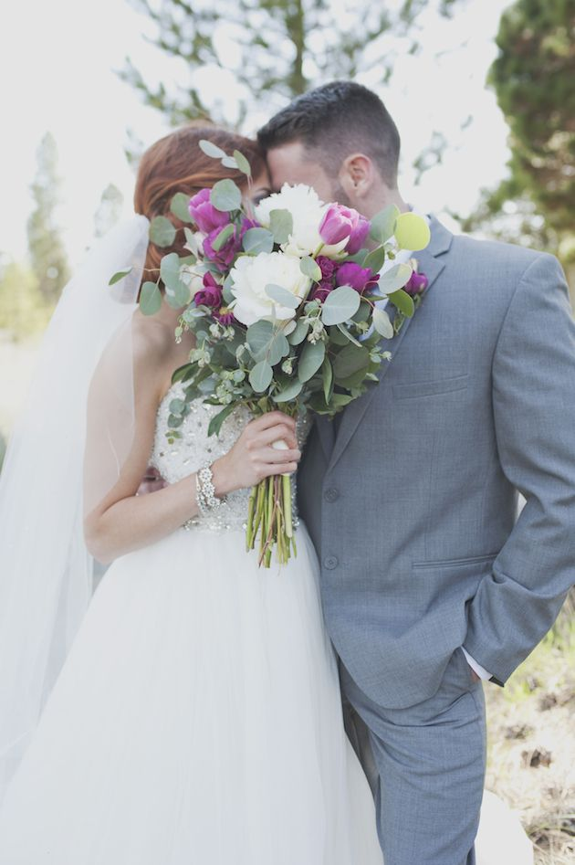 Photo by  Ellie Asher  via  Bridal Musings