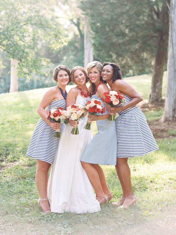Photo by  Nancy Ray Photography via Southern Weddings