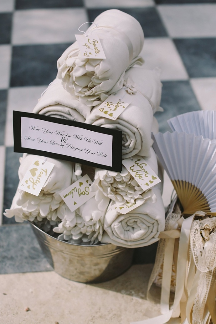 LaraHotzPhotography_Wedding_Sydney_Photographer_7123-690x1034.jpg