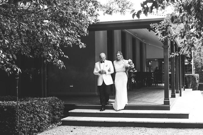 LaraHotzPhotography_Wedding_Sydney_Photographer_7165-690x460.jpg