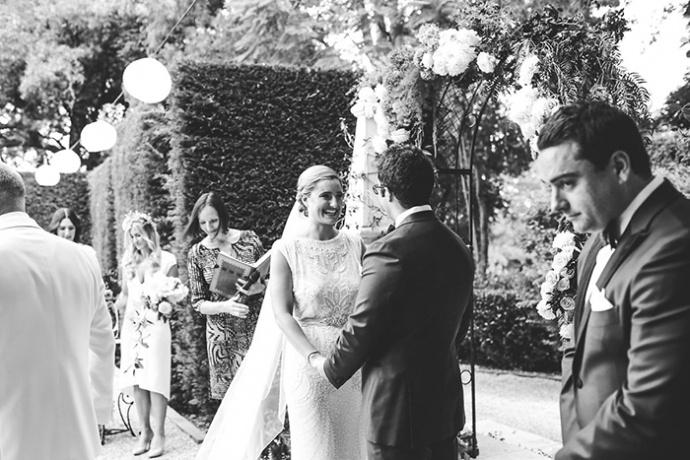 LaraHotzPhotography_Wedding_Sydney_Photographer_7167-690x460.jpg