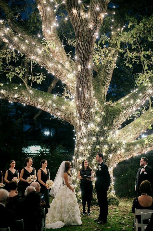 Photo by  Emily Wren  via  Mod Wedding